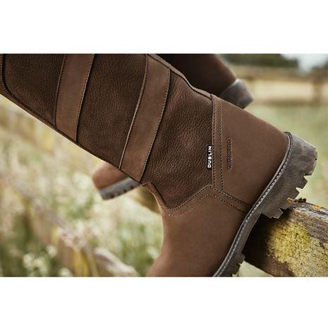 Dublin Kennet Boots - Chocolate - Outdoors - Heel Detail